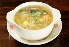 とりいち津大里店サイドメニュー「鶏スープ」